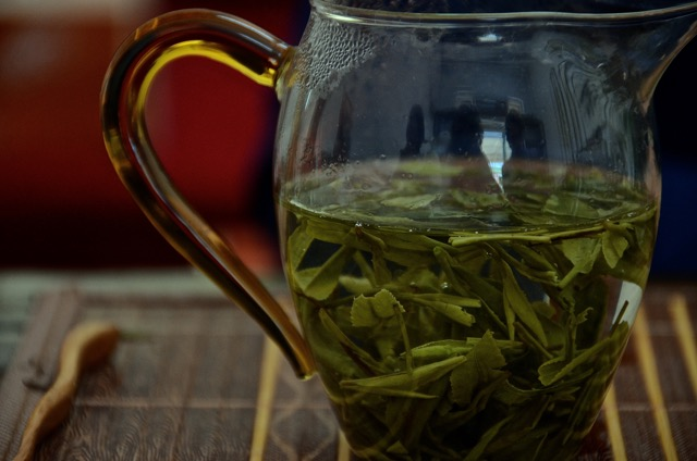 Leaves in water and nothing else needed but a cup