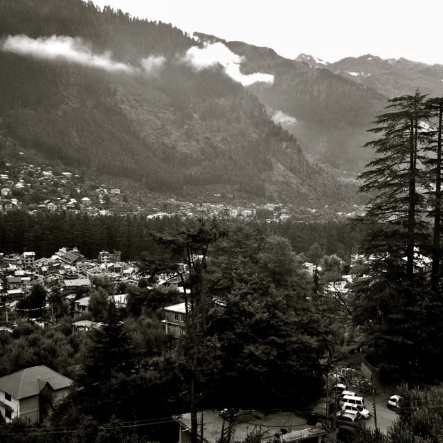 Manali awaits