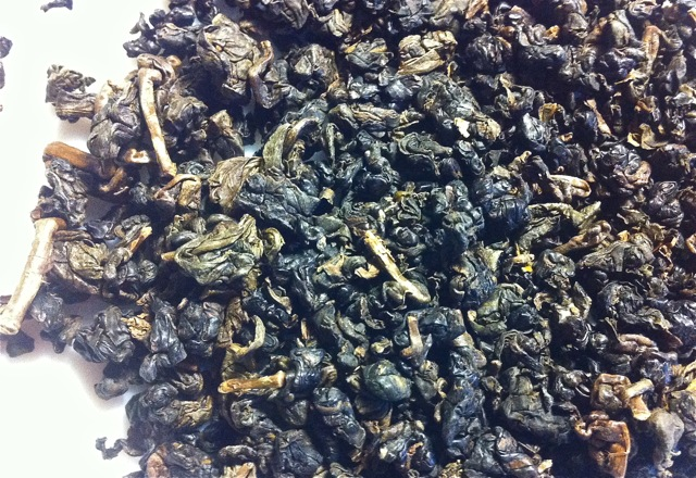 An Oolong custom roasted by a long-time friend, Mr. Lien, this tea goes into the lore of 'one time, one pot, one tea' - a rare classic